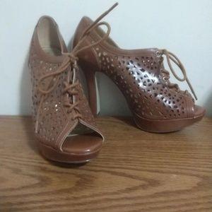 Xappeal size 9 heels